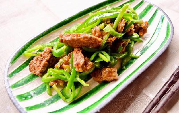 豚ヒレ肉とピーマンの炒めもの